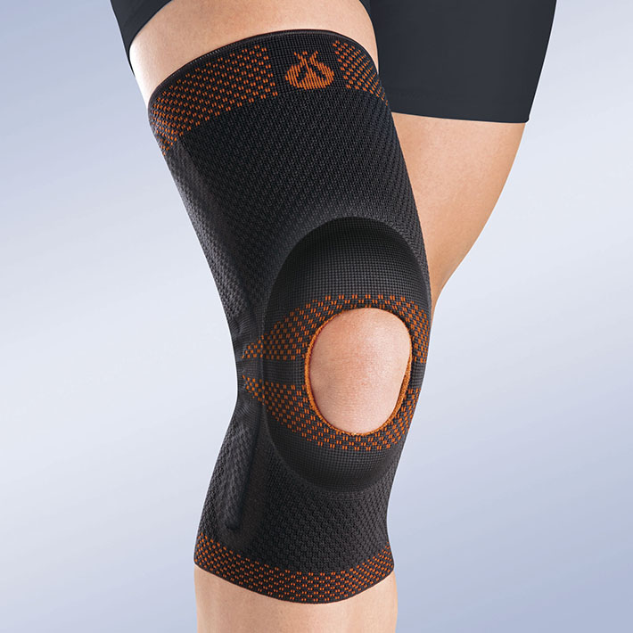 OPENED PATELLA KNEE BRACE W/SILICONE PAD AND LATERAL FLEXIBLE REINFORCEMENTS