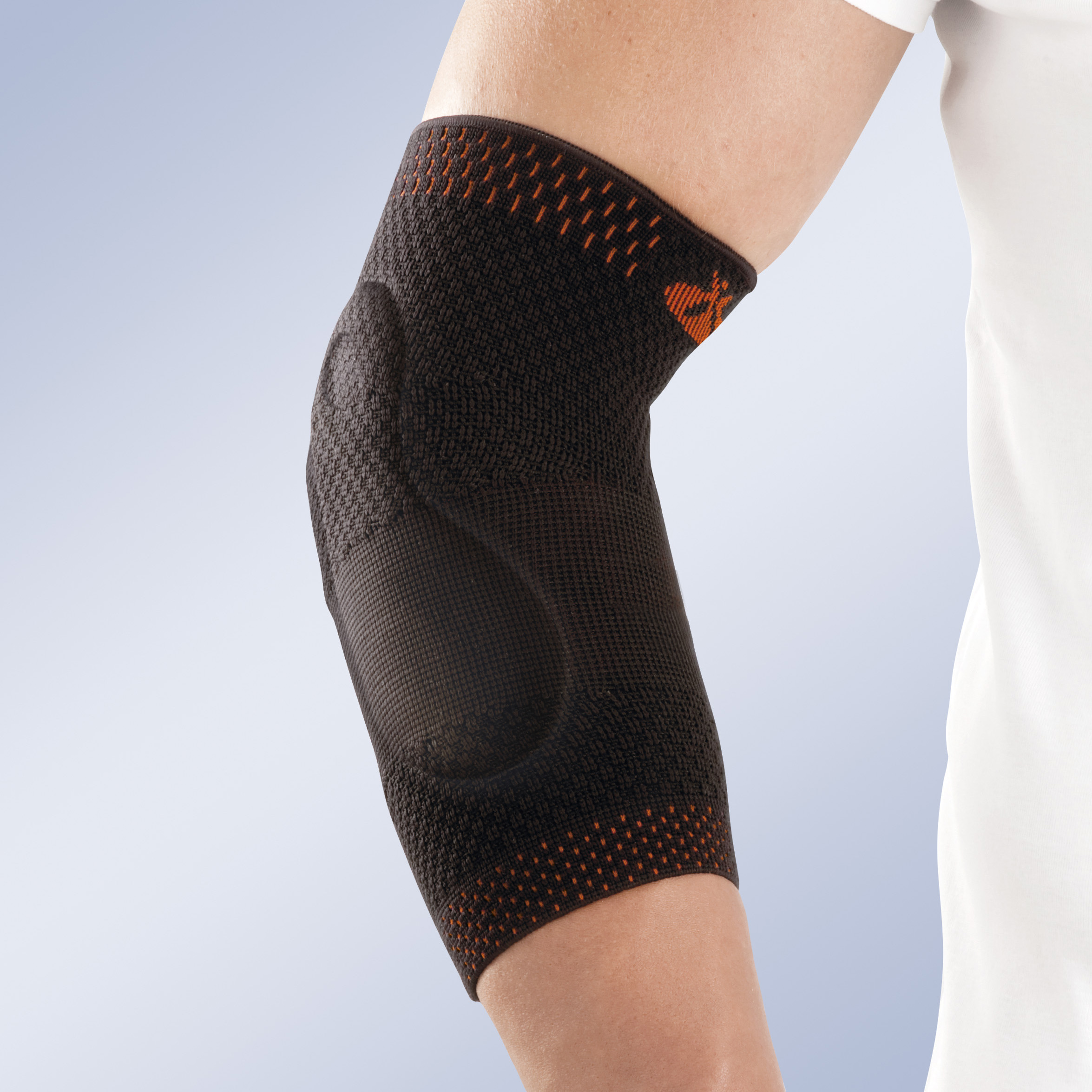 ELASTIC ELBOW SUPPORT WITH VISCOLASTIC PADS