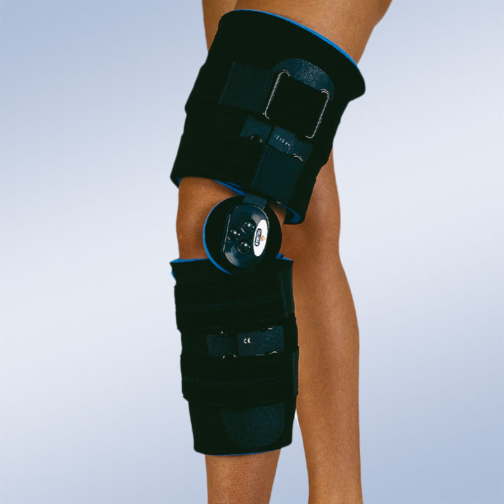 KNEE ORTHESIS WITH FLEXION-EXTENSION JOINT