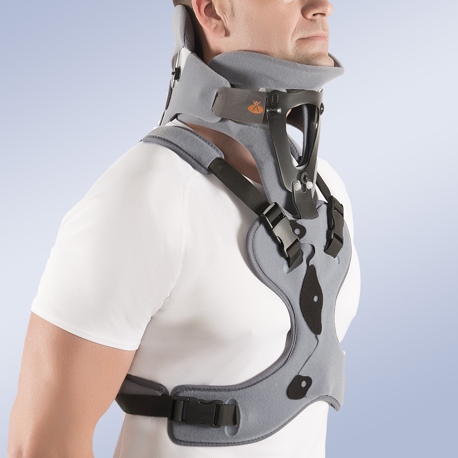 CERVICAL COLLAR WITH THORACIC SUPPORT