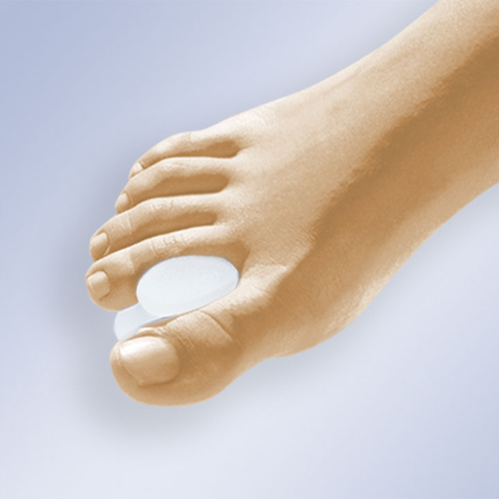 TOE SPREADERS