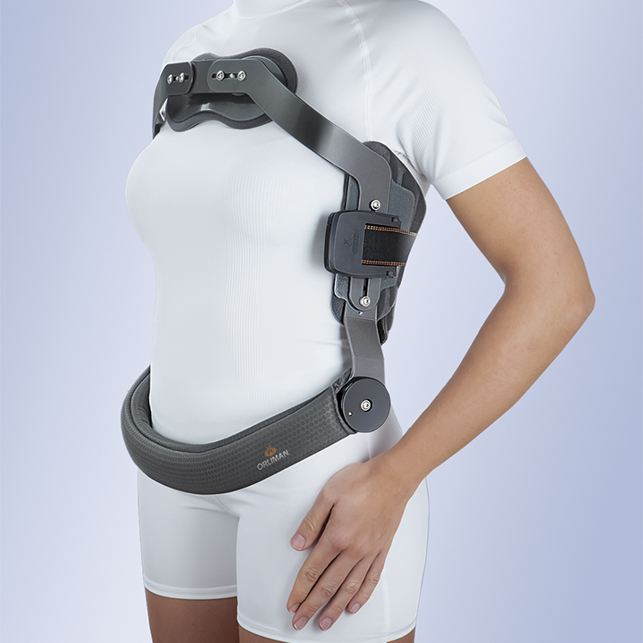 JEWETT HYPEREXTENSION BRACE WITH THREE-DIMENSIONAL STERNAL ADJUSTMENT