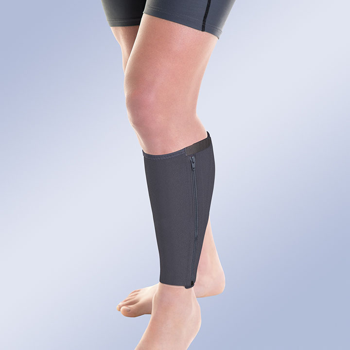 CALF SUPPORT WITH THERMOPLASTIC PLATES
