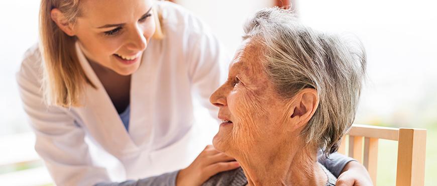 Caídas de ancianos: consejos clave para evitarlas